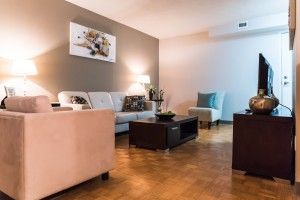 Apartments For Rent Winnipeg - Owen Apartment Family Room - Towers Realty