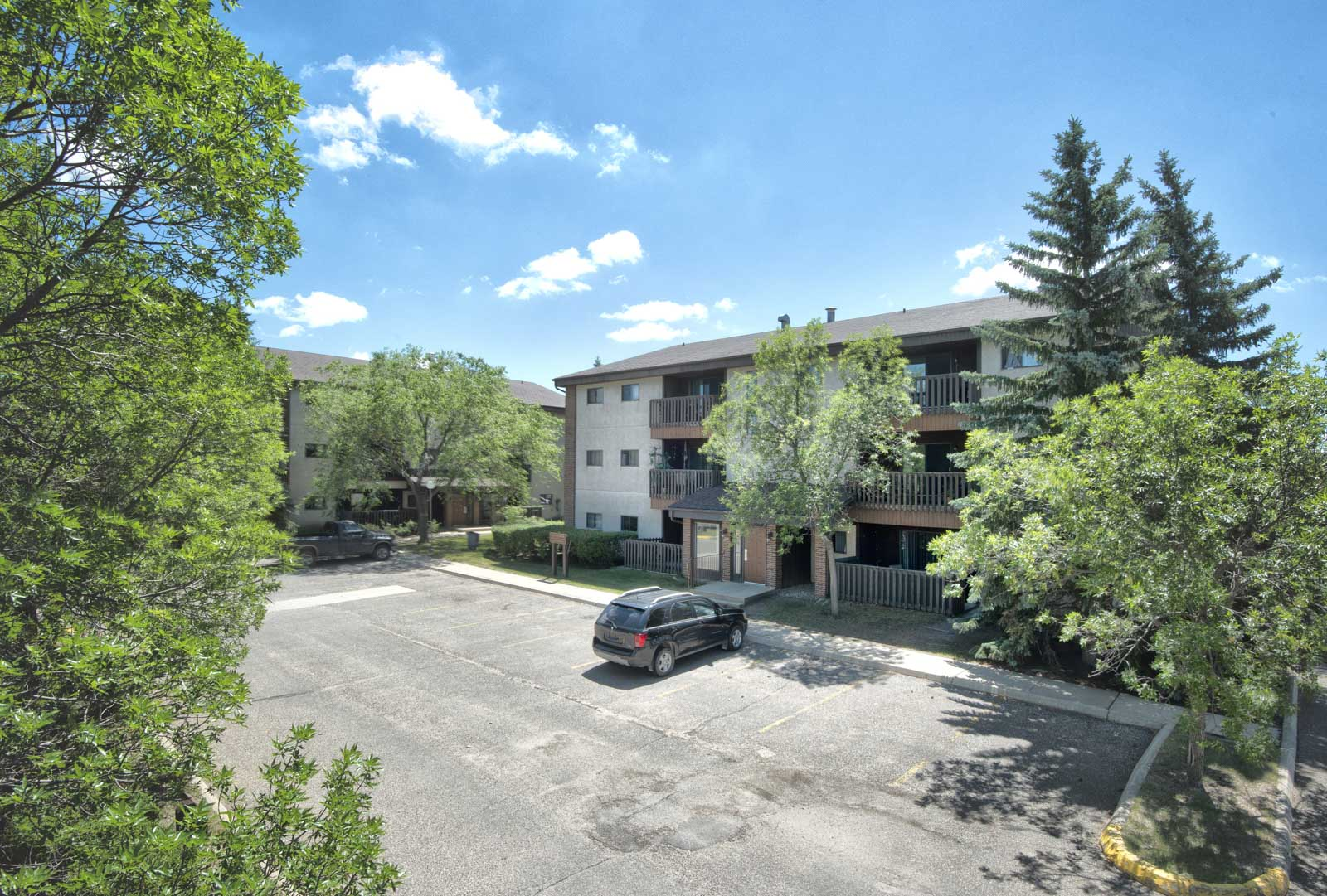 Towers Realty Group - Governor's Gate - 148 Regent Crescent, Brandon