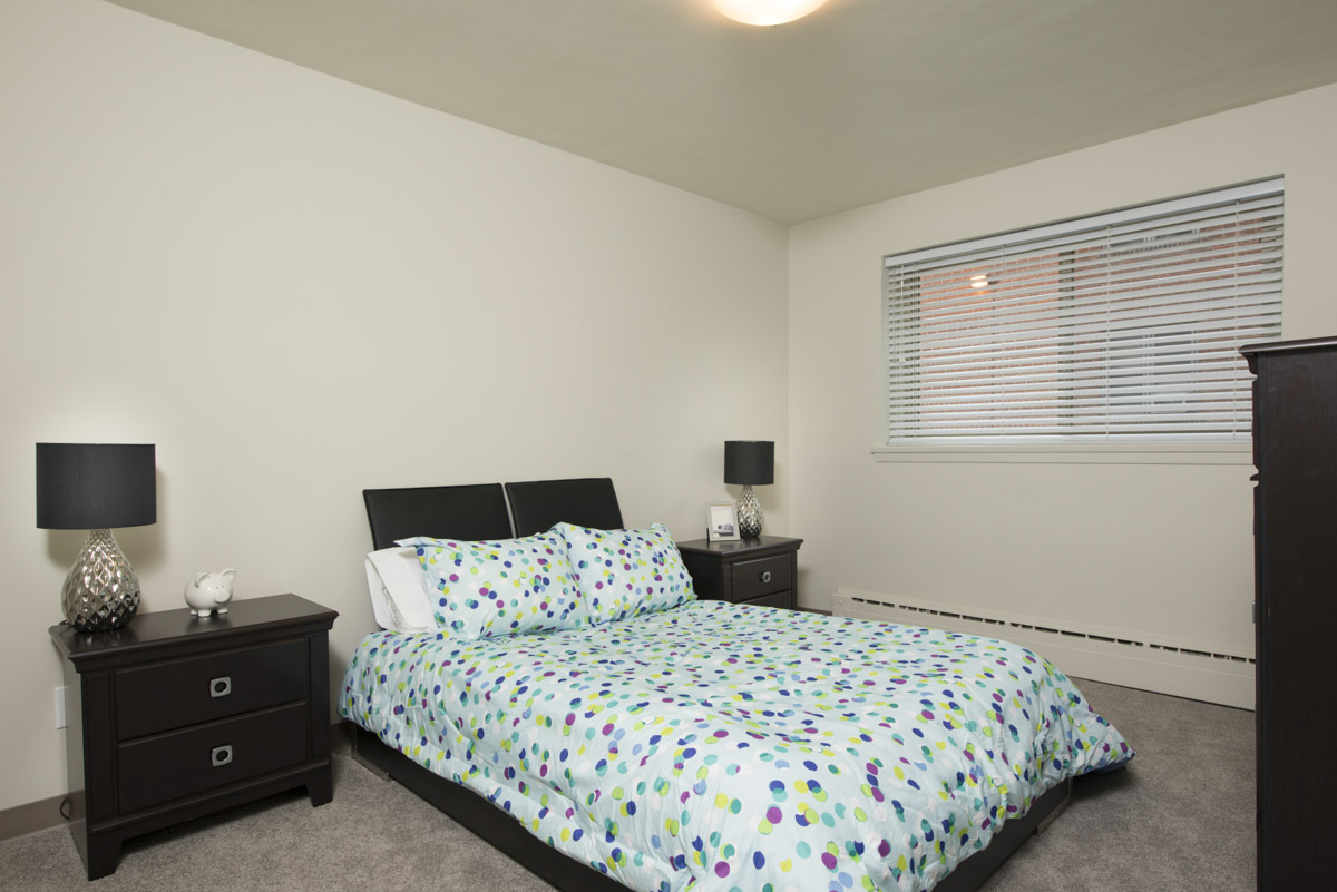 Towers Realty Group - Oakton Manor - Bedroom4