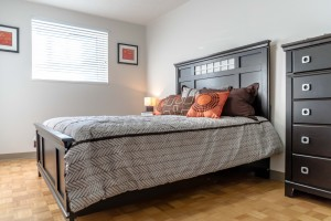 Towers Realty Group - Owen Apartments - Bedroom