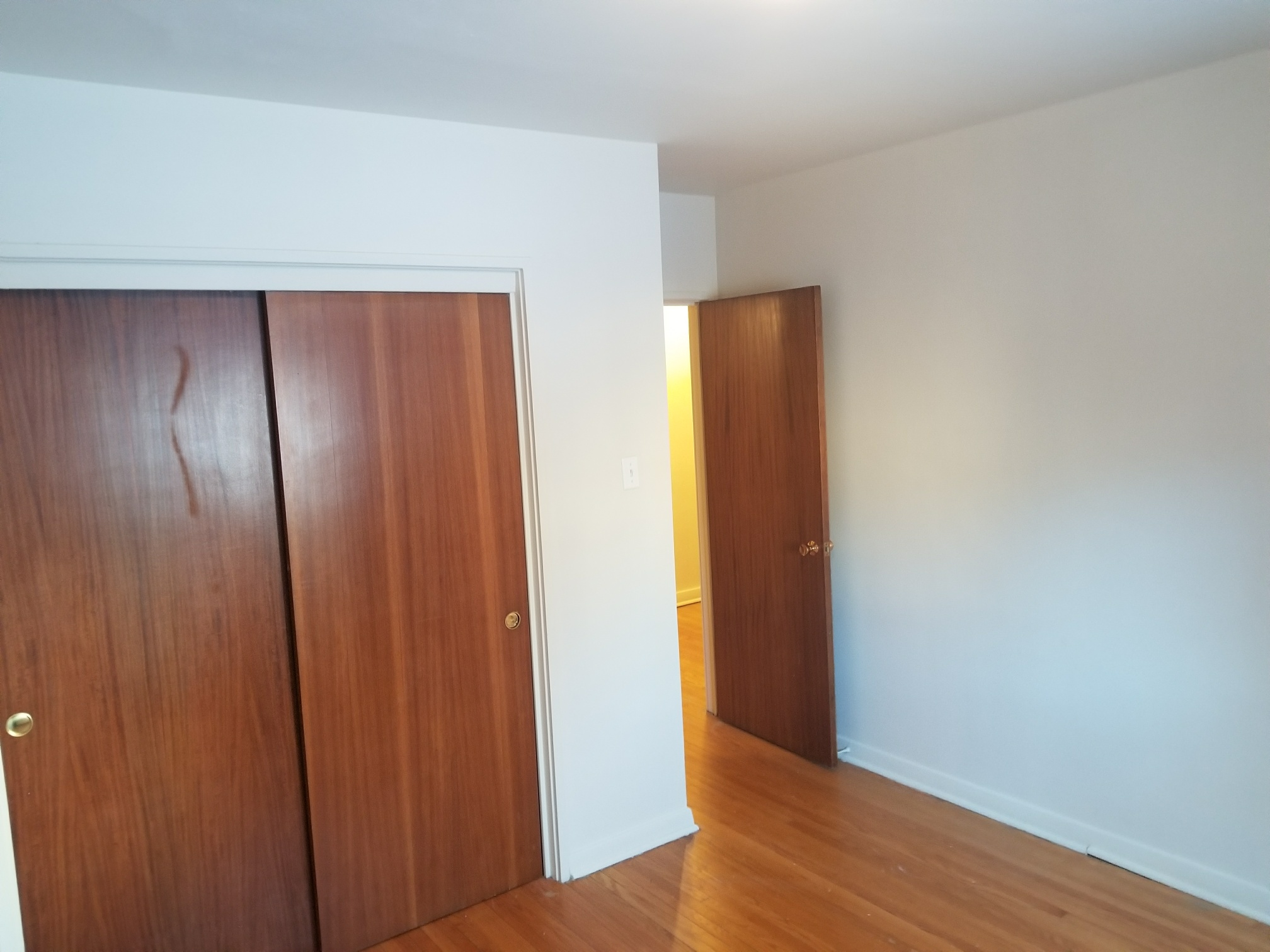 Towers Realty Group - Crescent Towers - 671 McMillan Ave - Bedroom2