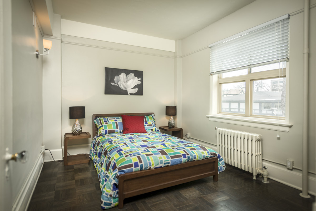 Towers Realty Group - Royal Oak Court - Bedroom