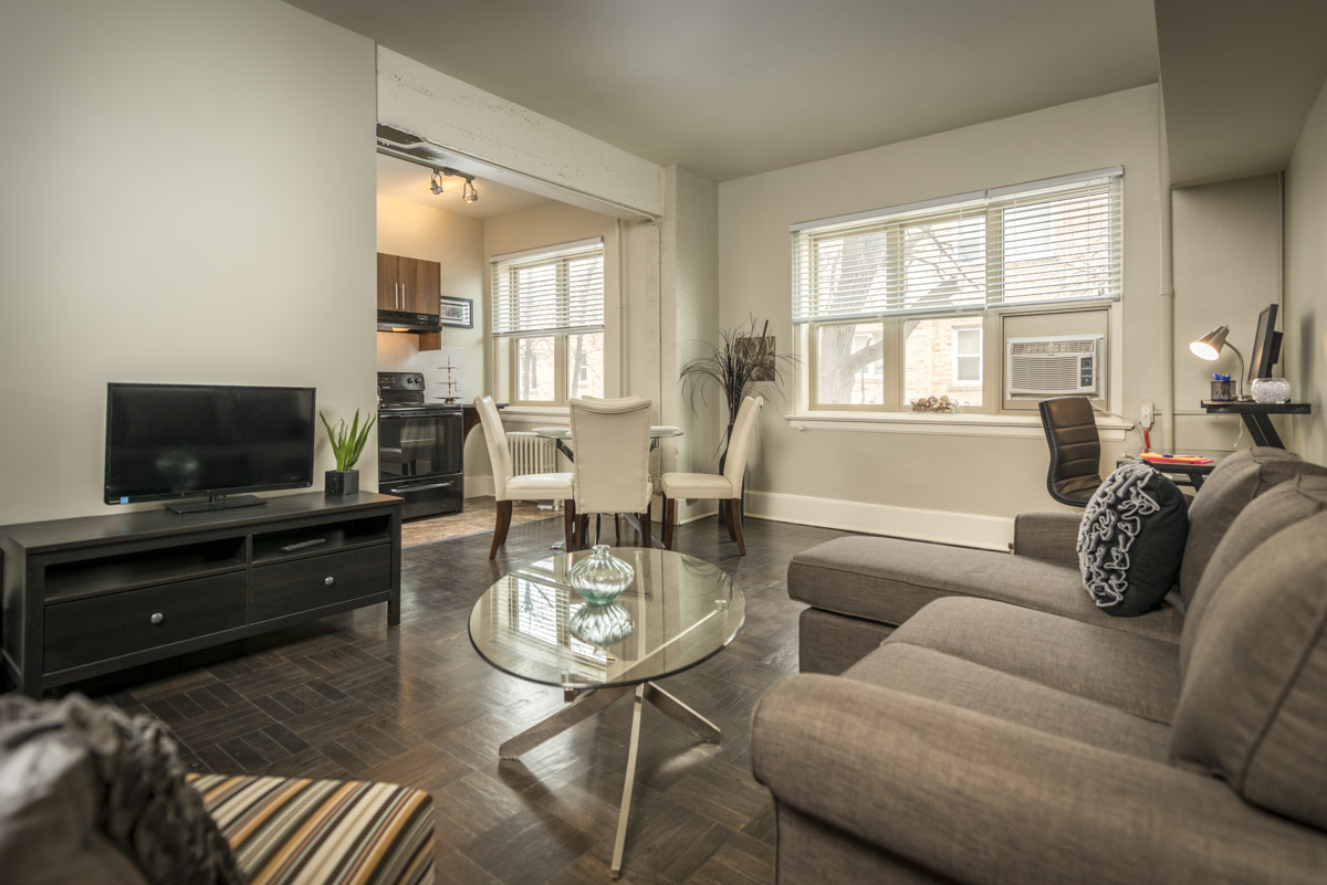 Towers Realty Group - Royal Oak Court - Living-Dining