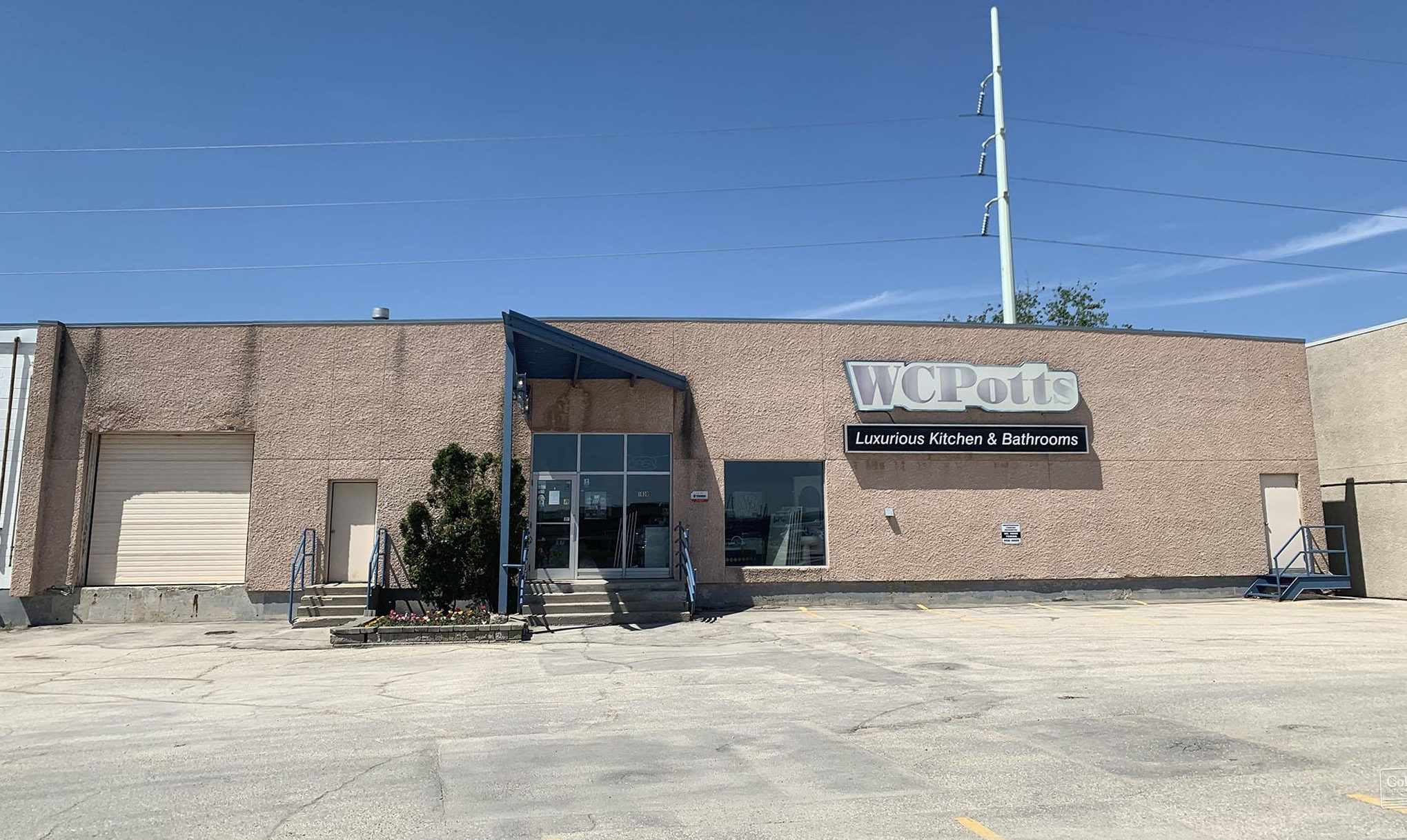 Towers Realty Group - Commercial Property - 1016-1038 St. James Street