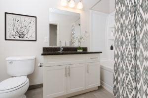 Towers Realty Group - 21 Mayfair Place - Bathroom - Penthouse B
