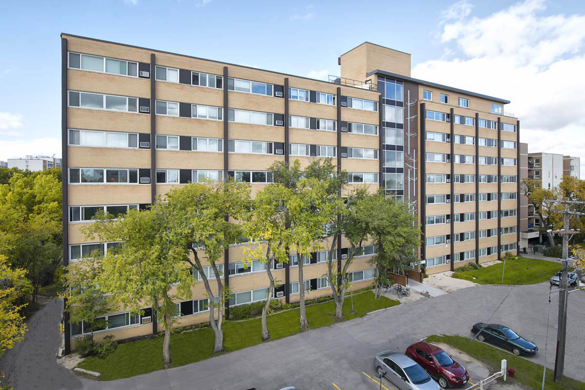 Apartments For Rent Winnipeg - 21 Mayfair Apartment Building - Towers Realty