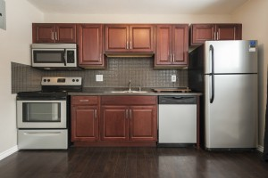 Towers Realty Group - Warren Apartments - 255 Sophia - Kitchen
