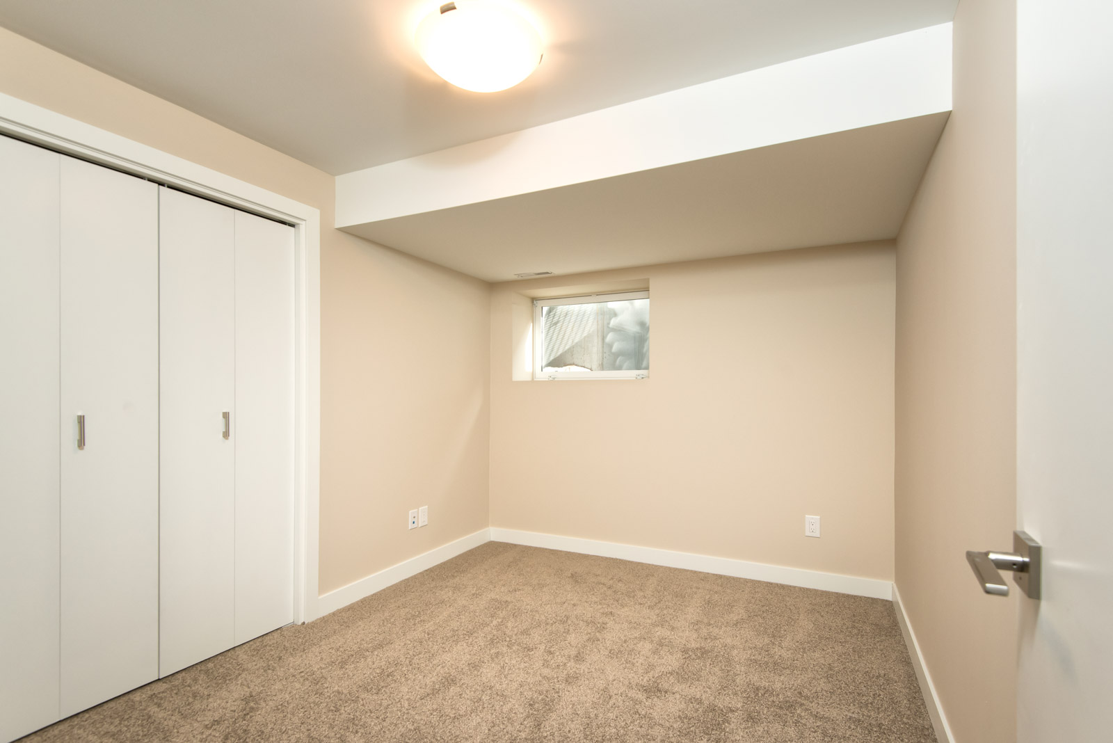 Towers Realty Group - 604 Jessie Unit 1 - bedroom2