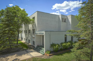 Towers Realty Group - Fairlane Apartments - 710 David Avenue - exterior 1