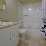 Towers Realty Group - South Park Gardens - Bathroom