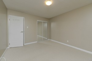 Towers Realty Group - 1000 Markham - Bedroom 2