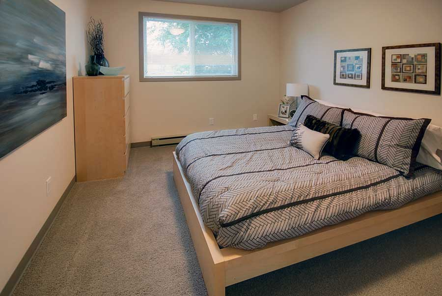 Towers Realty Group - Donwood Drive - Bedroom