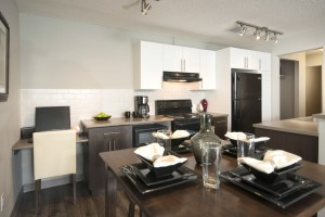 Towers Realty Group - Birchgrove Manor - 2BR - Dining-Kitchen