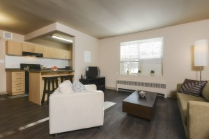 Apartments For Rent Winnipeg - Grandview Apartment Family Room - Towers Realty