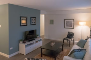 Towers Realty Group - Hillsboro House - Living Room