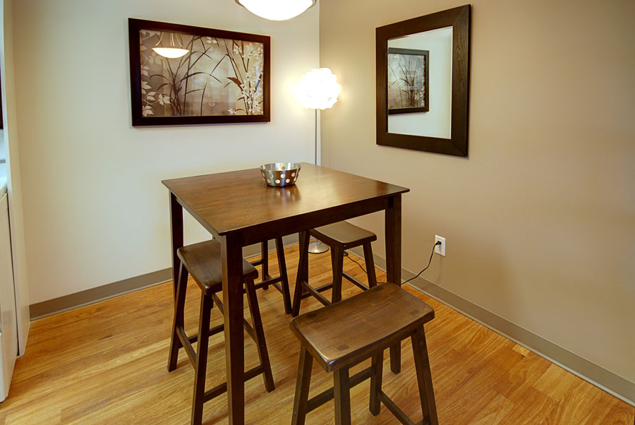 Towers Realty Group - 66 Killarney Ave - Dining Room 2