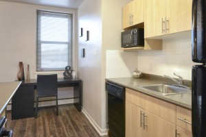 Towers Realty Group - Essex House - 2415 Portage Avenue - 1 Bedroom - Kitchen 2