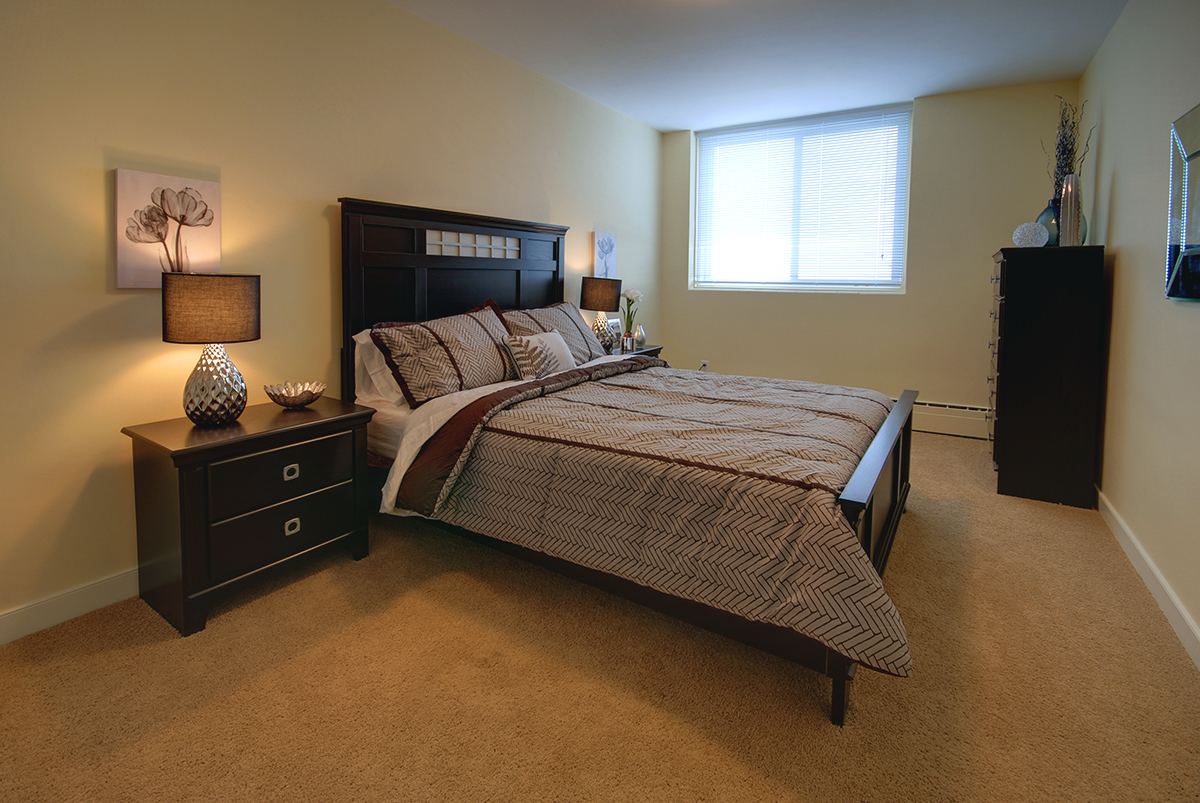 Towers Realty Group - Lanark Towers - Bedroom