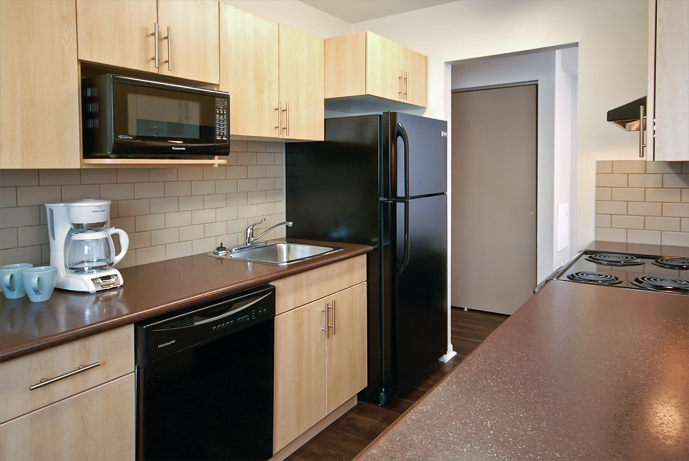 Towers Realty - Laralea Apartments - 111 Grey St - Kitchen