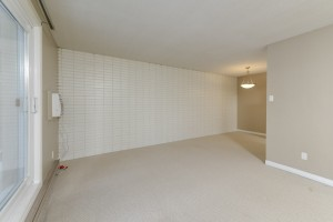 Towers Realty Group - 1000 Markham - Living-Dining
