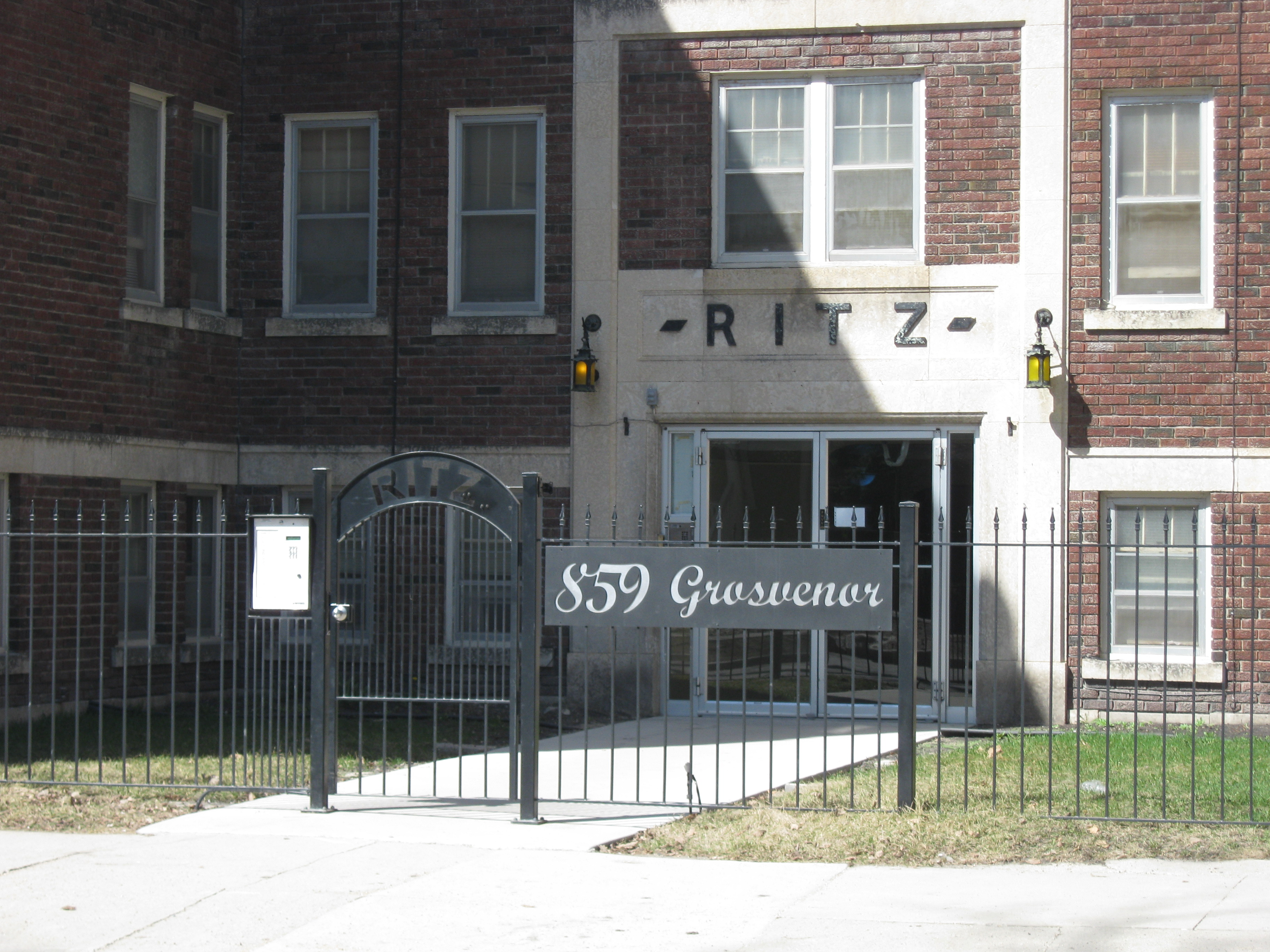 Apartments For Rent: The Ritz Apartments
