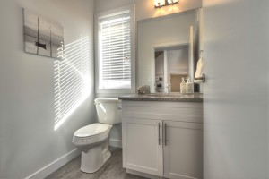 Towers Realty Group - The Ridge Townhouses - bathroom 1