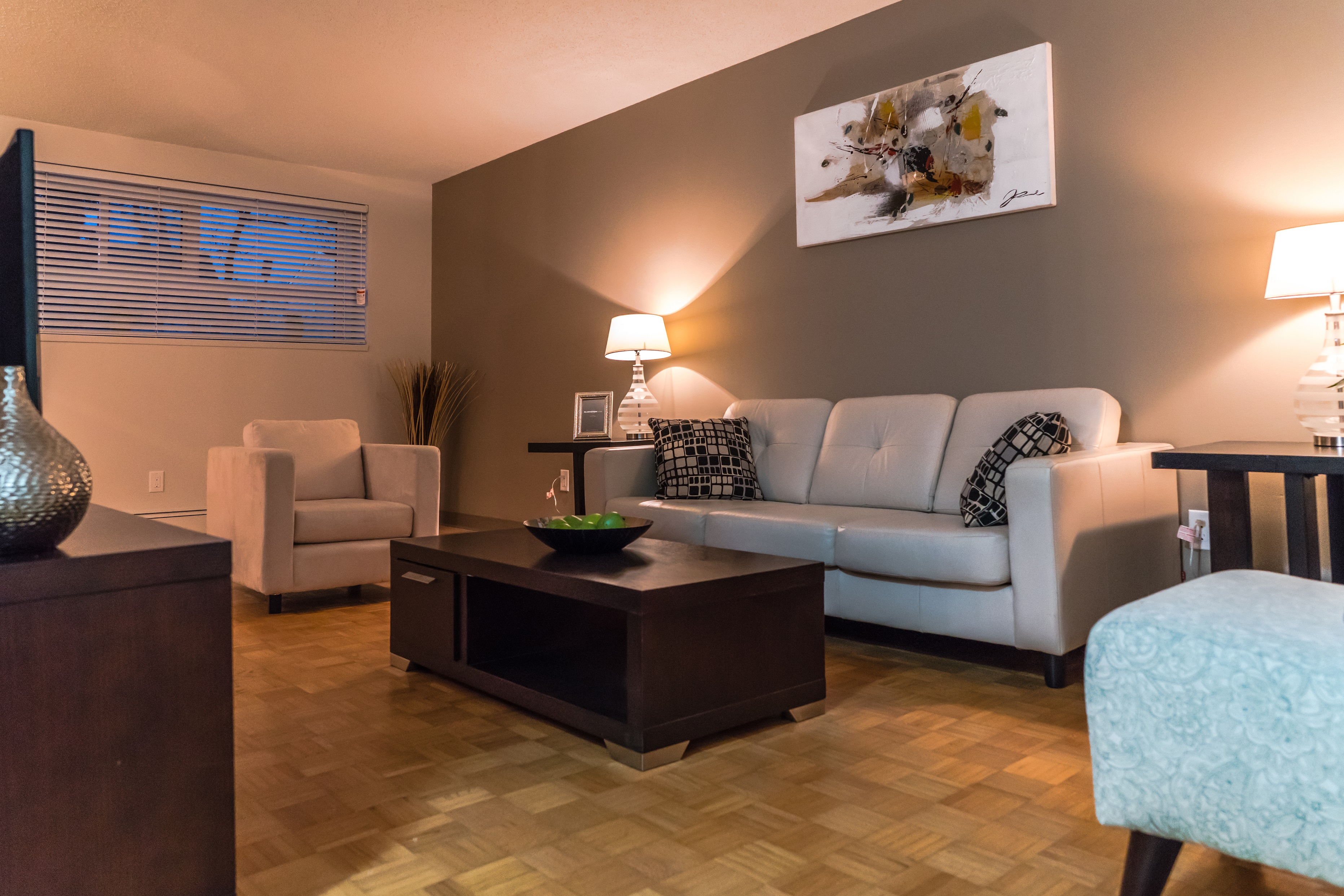 Towers Realty Group - Owen Apartments - 650 Stafford - LivingRoom3