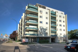 Apartments For Rent Winnipeg - Carillon Apartment Building - Towers Realty