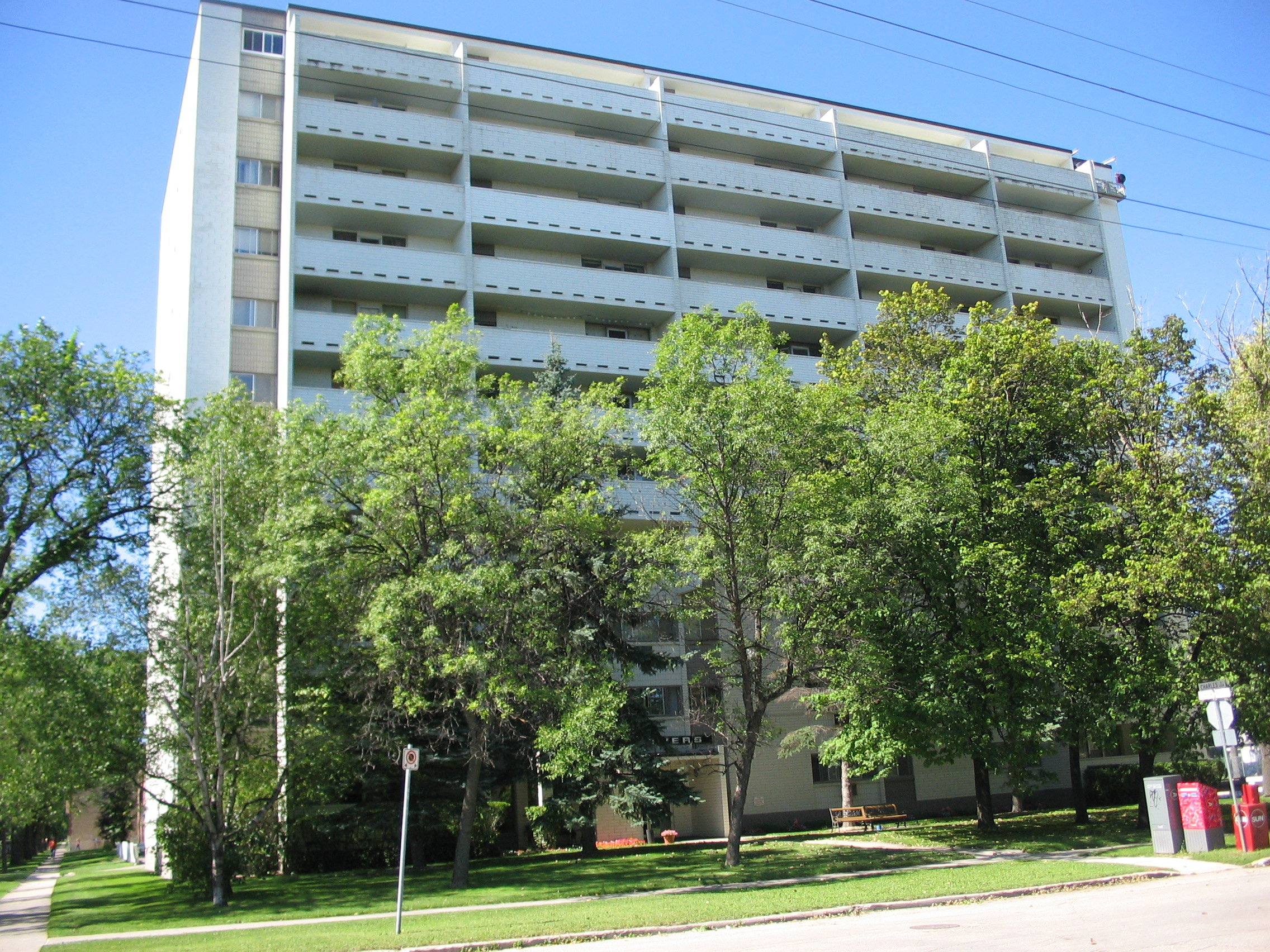 Apartments For Rent Winnipeg - Olympic Apartment Building - Towers Realty