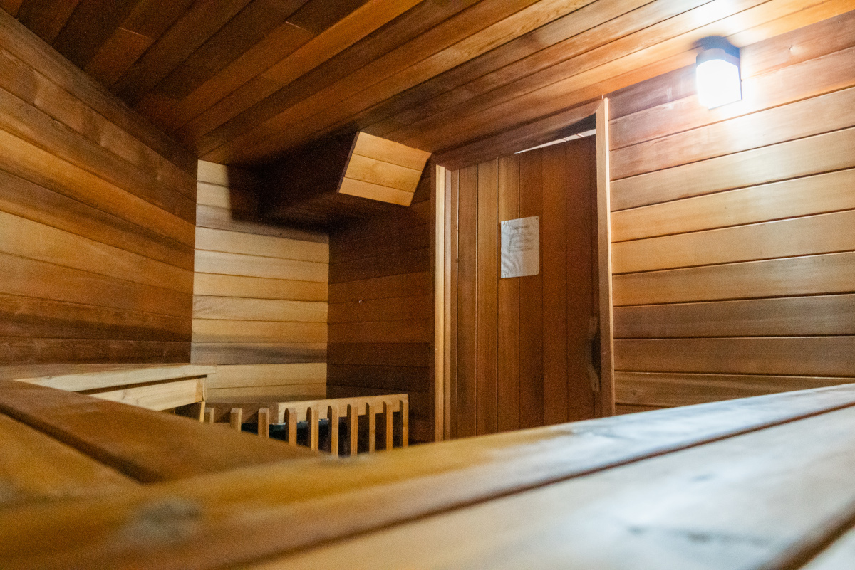 Towers Realty Group - The Hedges - Sauna